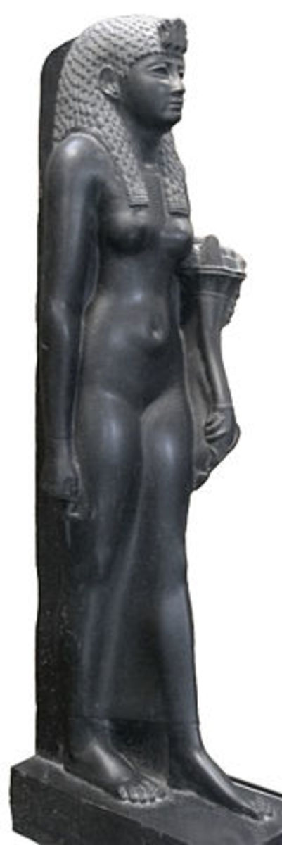 Nefrusebek Cleopatra formed friendships with the emperors of Rome. This particular statue is showing the waning years of Egyptian rule, but their art still supreme.