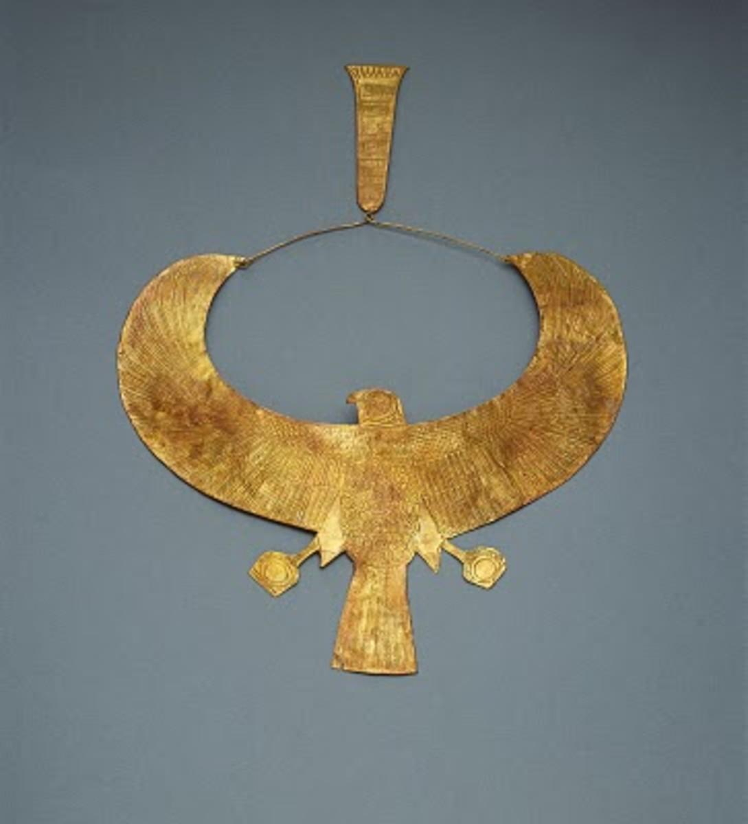 Tutankhamun's  Falcon collar found in his tomb