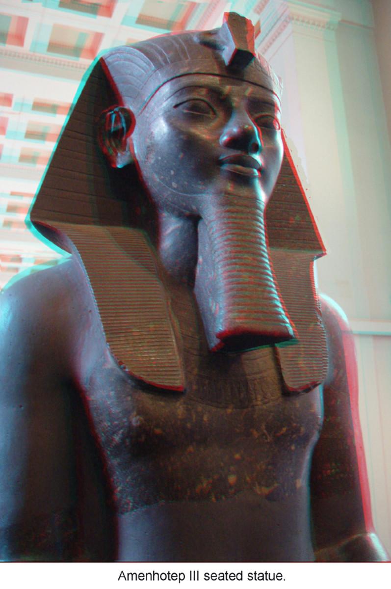 Pharaoh Amnhotep III Statue