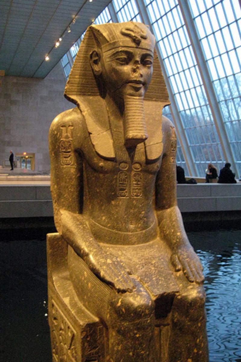 Colossus of Amenhotep III