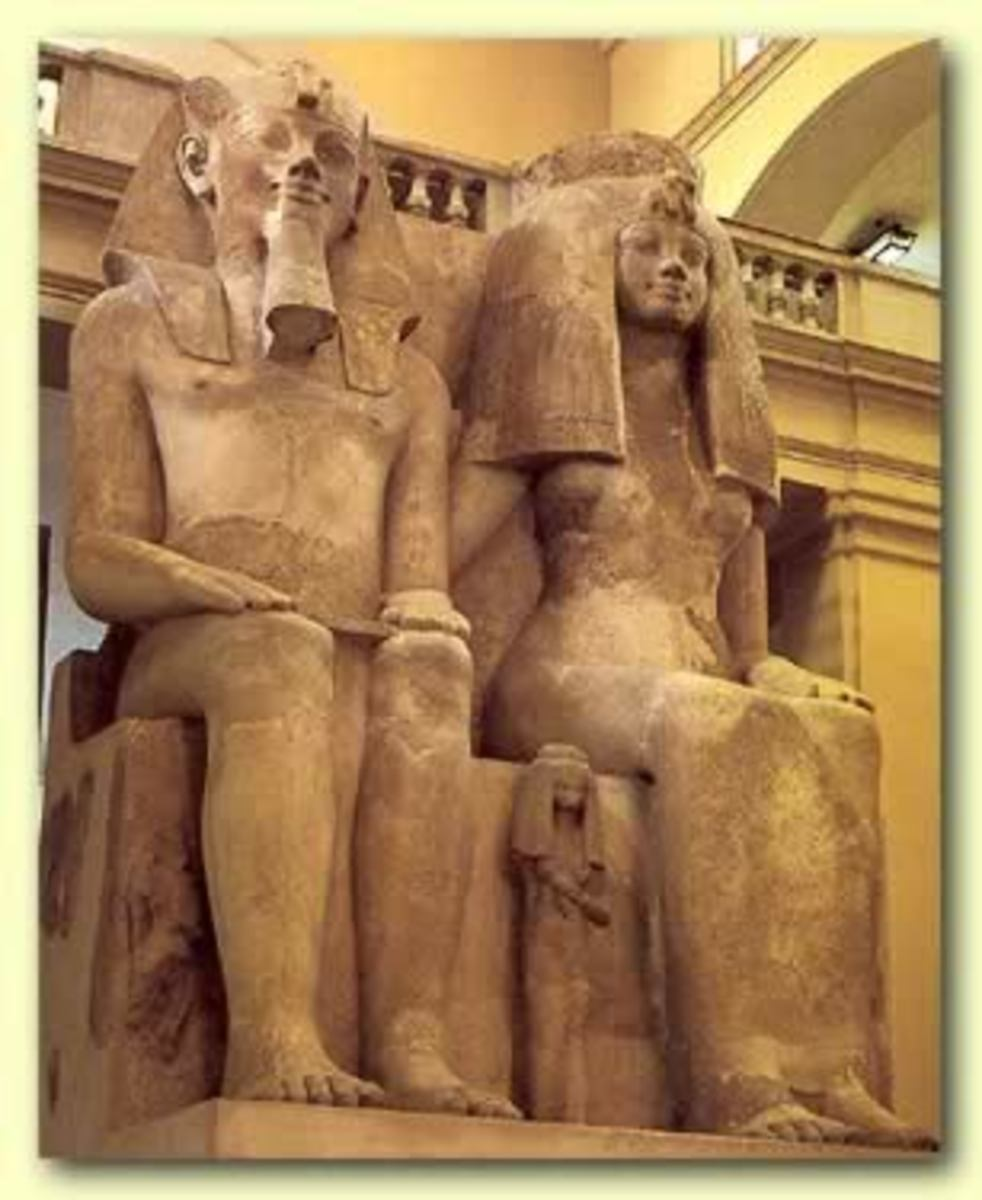 Monumental Statue of Amenhotep III and Queen Tiye, along with daughters