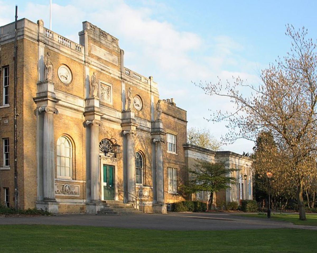 Pitz Manor in Walpole Park, a short walk from the Callendar family home in Ealing.  Image courtesy PG Champion and Wikimedia Commons.