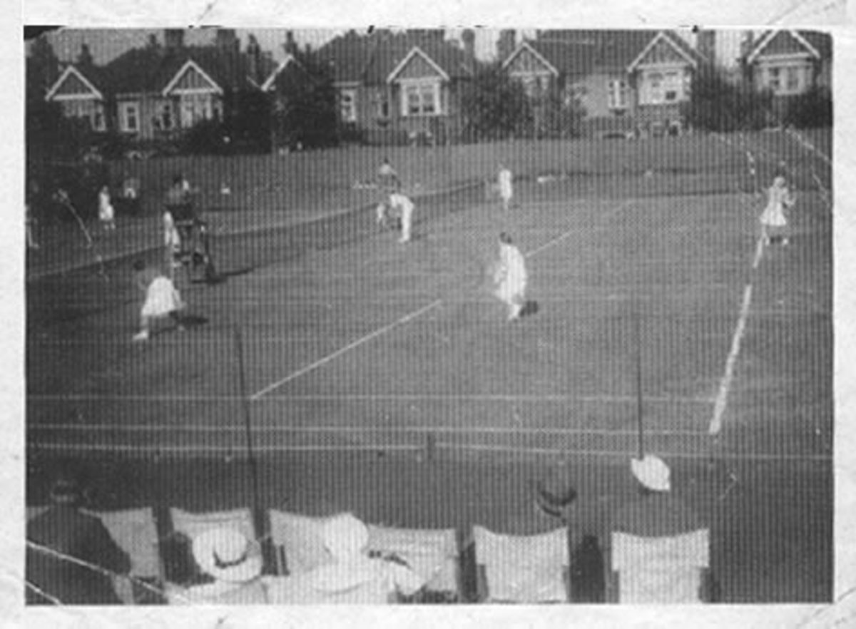 The Ealing LTC courts in 1934.  Here Guy had been runner up for the singles championship in 1928--impressive for a one-eyed man!