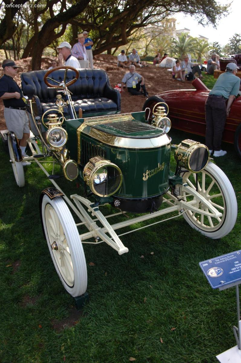 1906 Stanley Steamer Runabout.  Hugh Callendar purchased a 1906 Stanley.  Image courtesy conceptcarz.com.