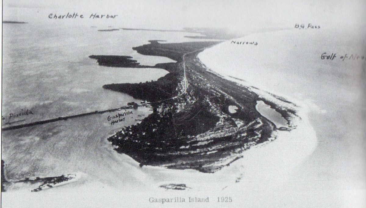 This 1925 aerial view shows the railroad causeway leading to the north end of the island, heading south. In 1925 the north section is still wilderness.