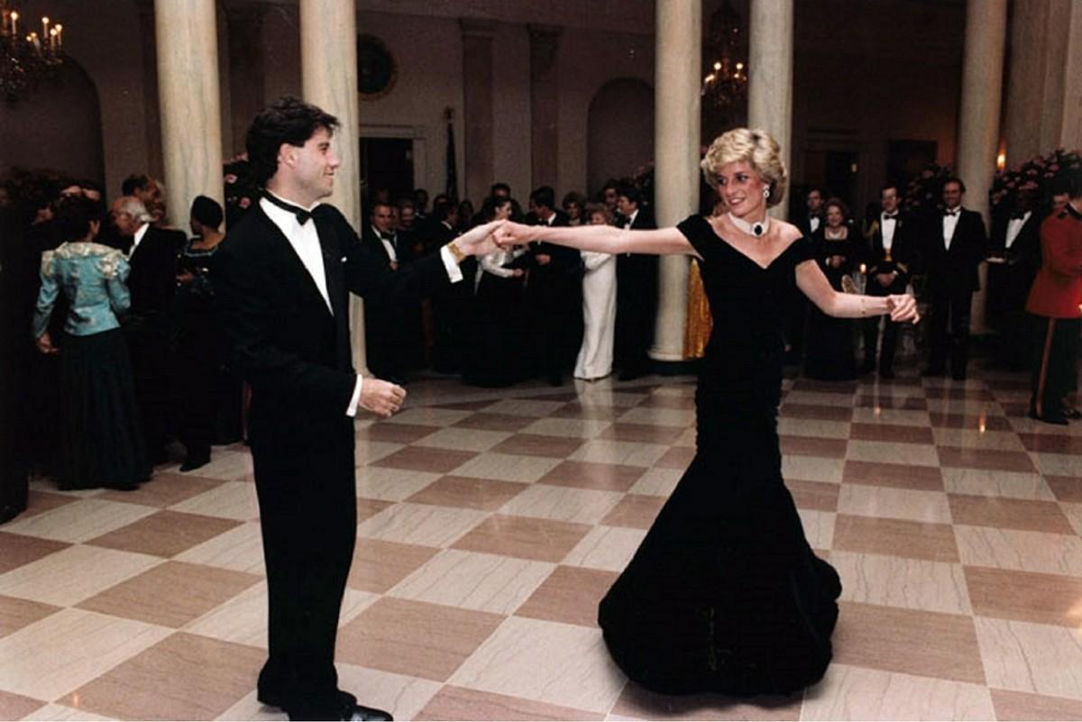 Tragic Life of Princess Diana of Wales