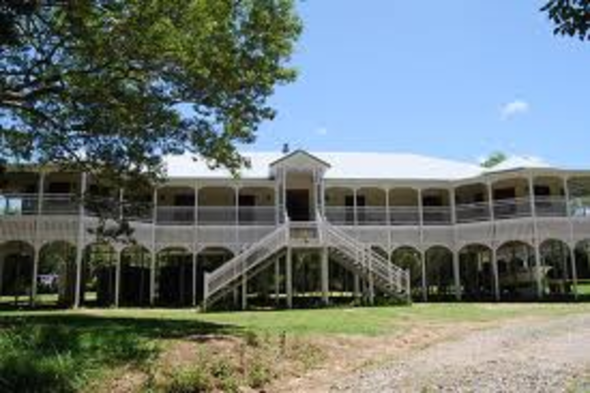 Typical large Queenslander house, note all the verandas around to shade the house from the sun and the open space under the house to catch the breeze, on hot summer days.