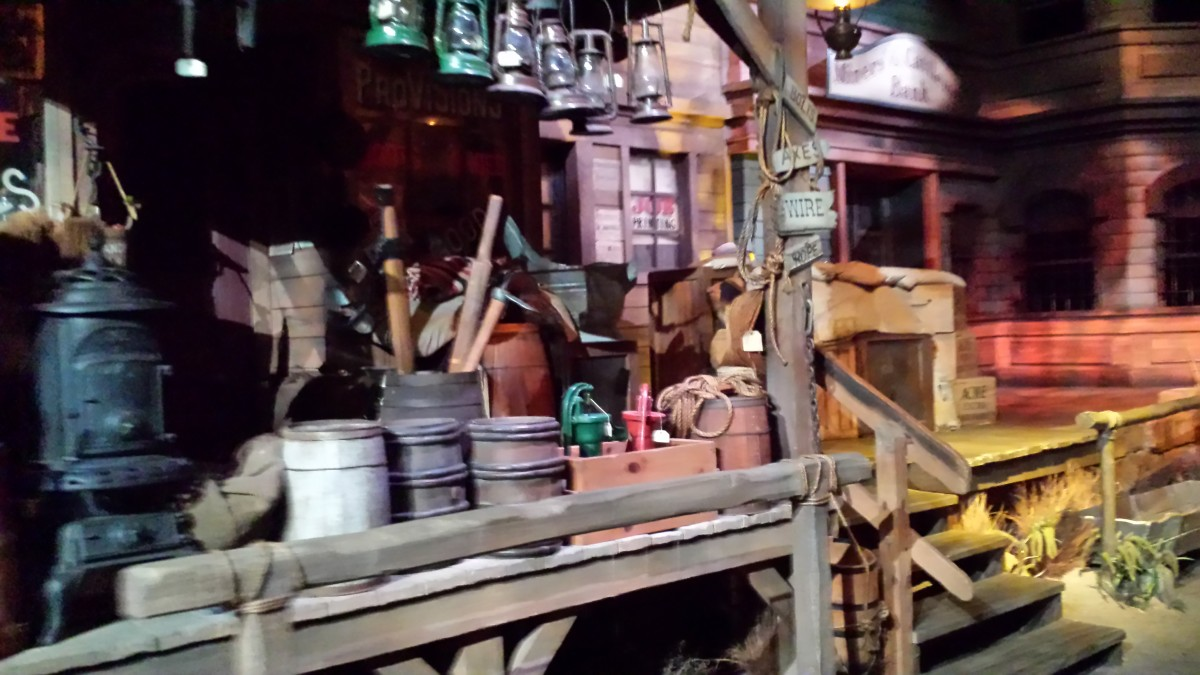 Scenes from the Old West on The Great Movie Ride