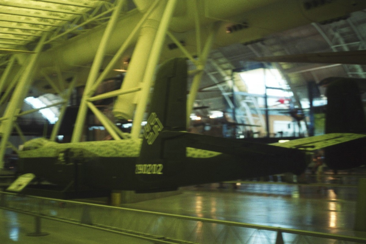 3/4 rear view, Udvar-Hazy Center, 2005.