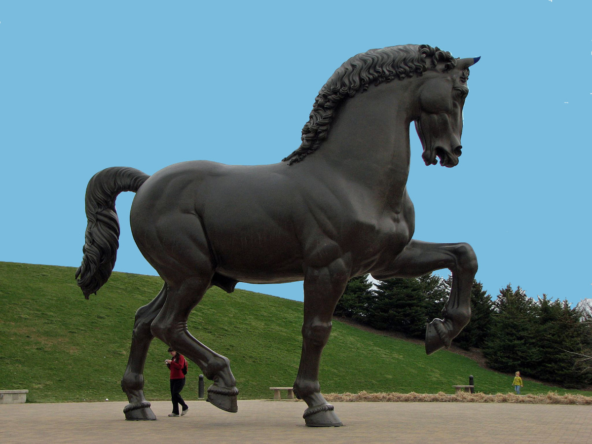 The da Vinci horse is very large, which you can tell by the lady who is standing between its back legs.