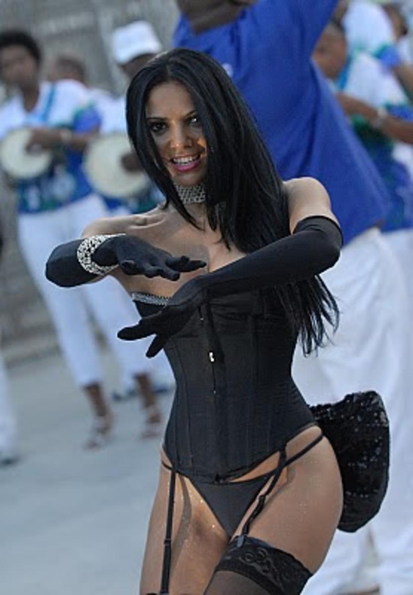 Fabia Borges in a 2009 samba event Rocinha Samba-School technical event ;foto by Alexandre Vidal - Foto BR