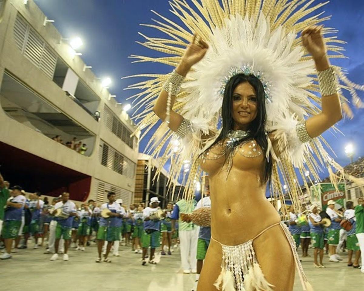 Fabia Borges Carnival Queen Exclusive Brazil