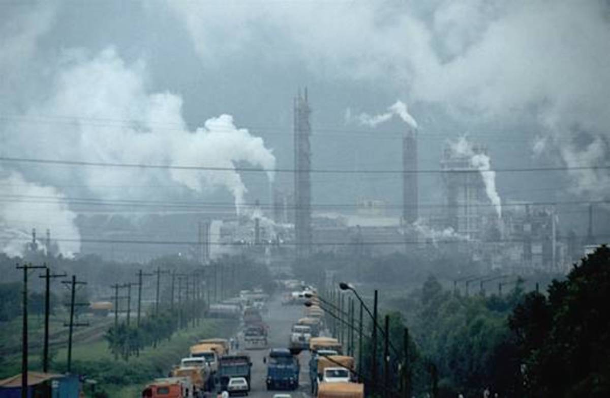 Negative Effects of Globalization - Chemical Waste and Air Pollution