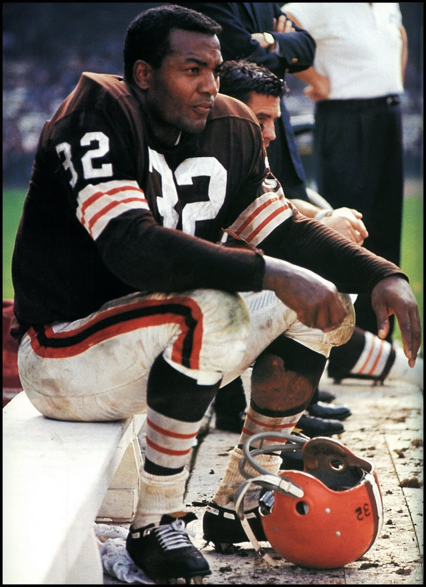 Jim Brown GridIron Sidelines - Photo Courtesy ESPN