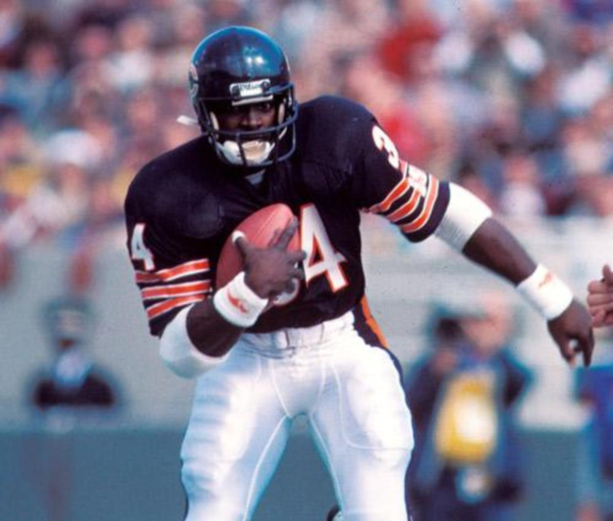 Walter Payton, Chicago Bears 1977 - 1,852 yards.