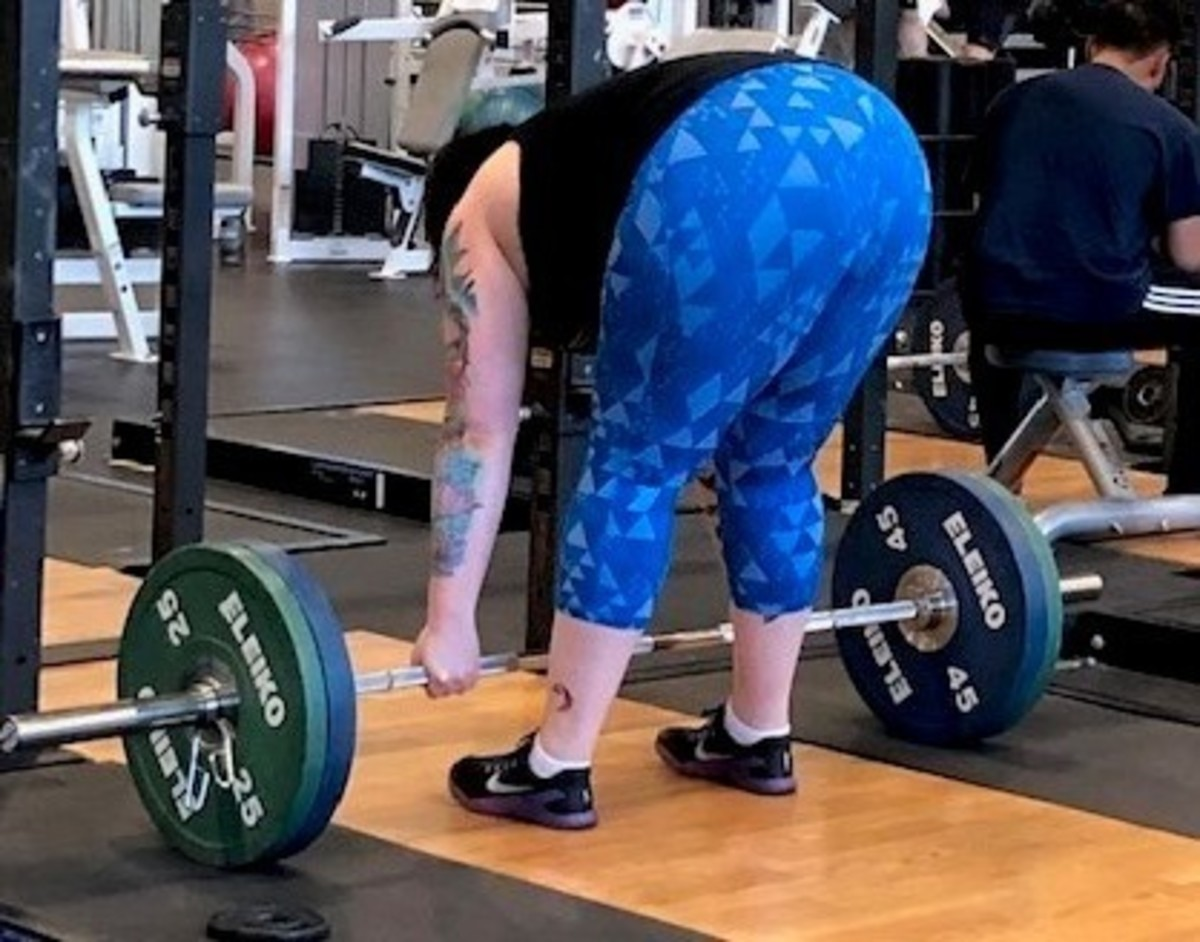 Getting ready to pull 185 pounds: a warmup.