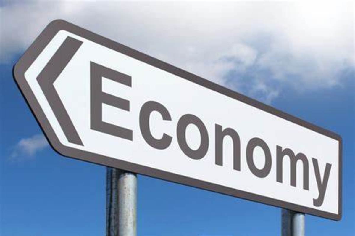 Distinction Between Microeconomics and Macroeconomics