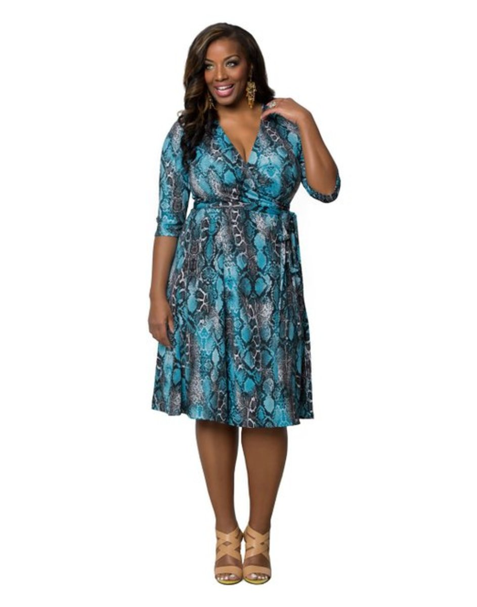 Essential Wrap Dress in plus size from Kiyonna