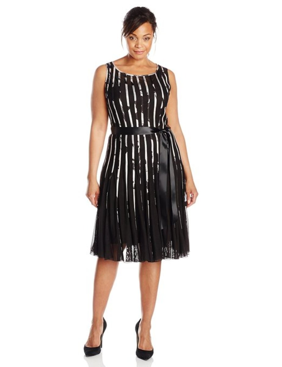 Women's Plus-Size Printed Mesh with Satin Trim Dress