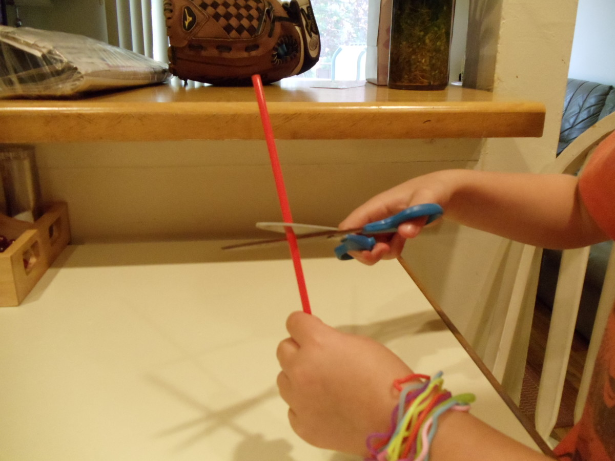 I always wanted to know how to make a spray for my bottle and science experiments using straws are teaching me so much.