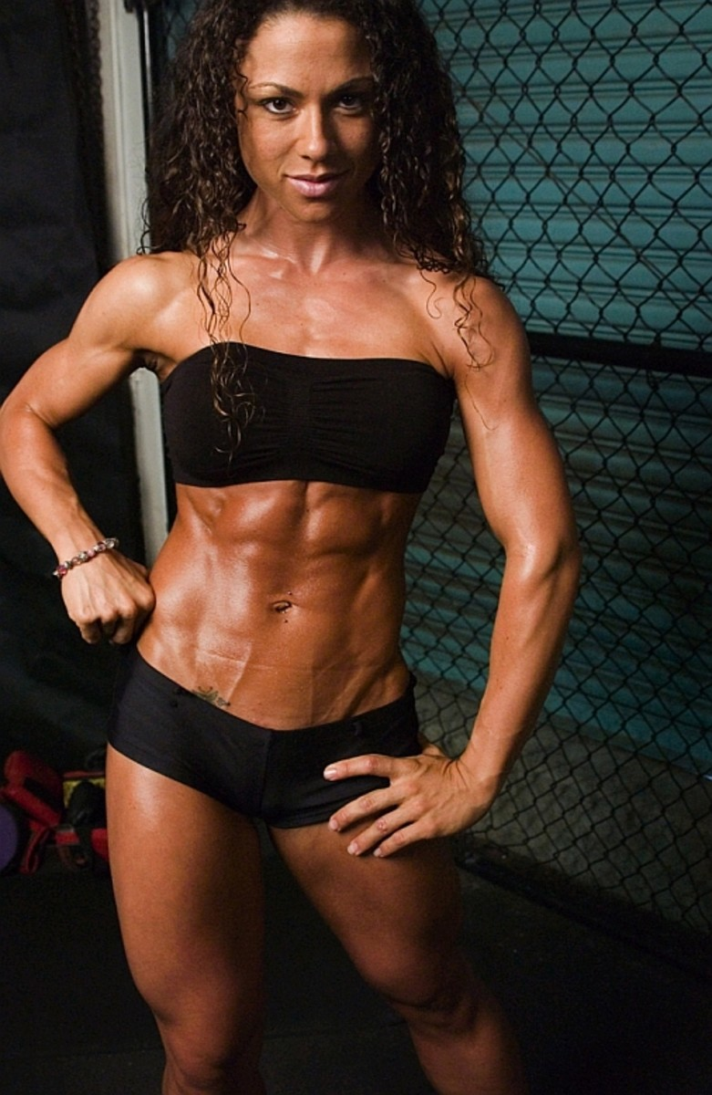 Gina Aliotti - Female Fitness