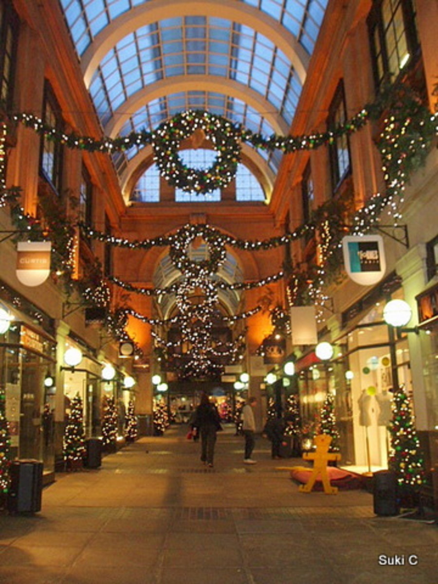 Exchange Arcade at Christmas