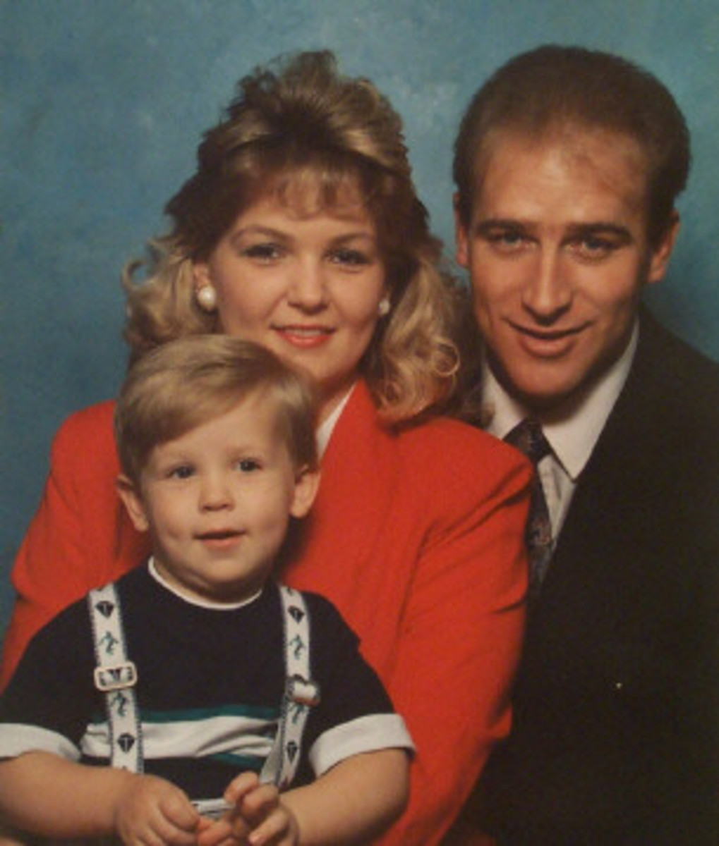 Clark, Laura, and Ryan Rone before the accident in 1993