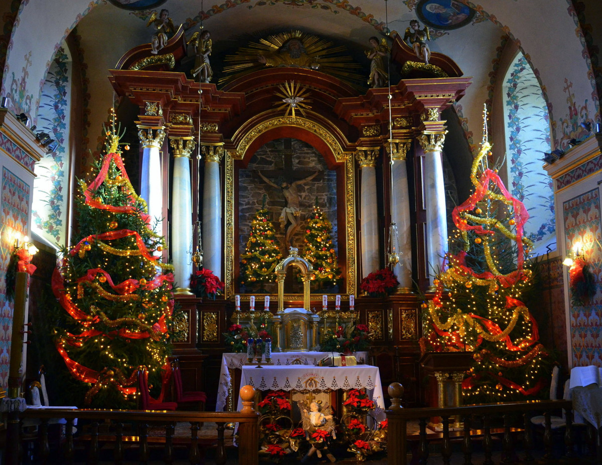 Christmas Eve Altar and Creche in Franciscan Church, Sanok, Poland