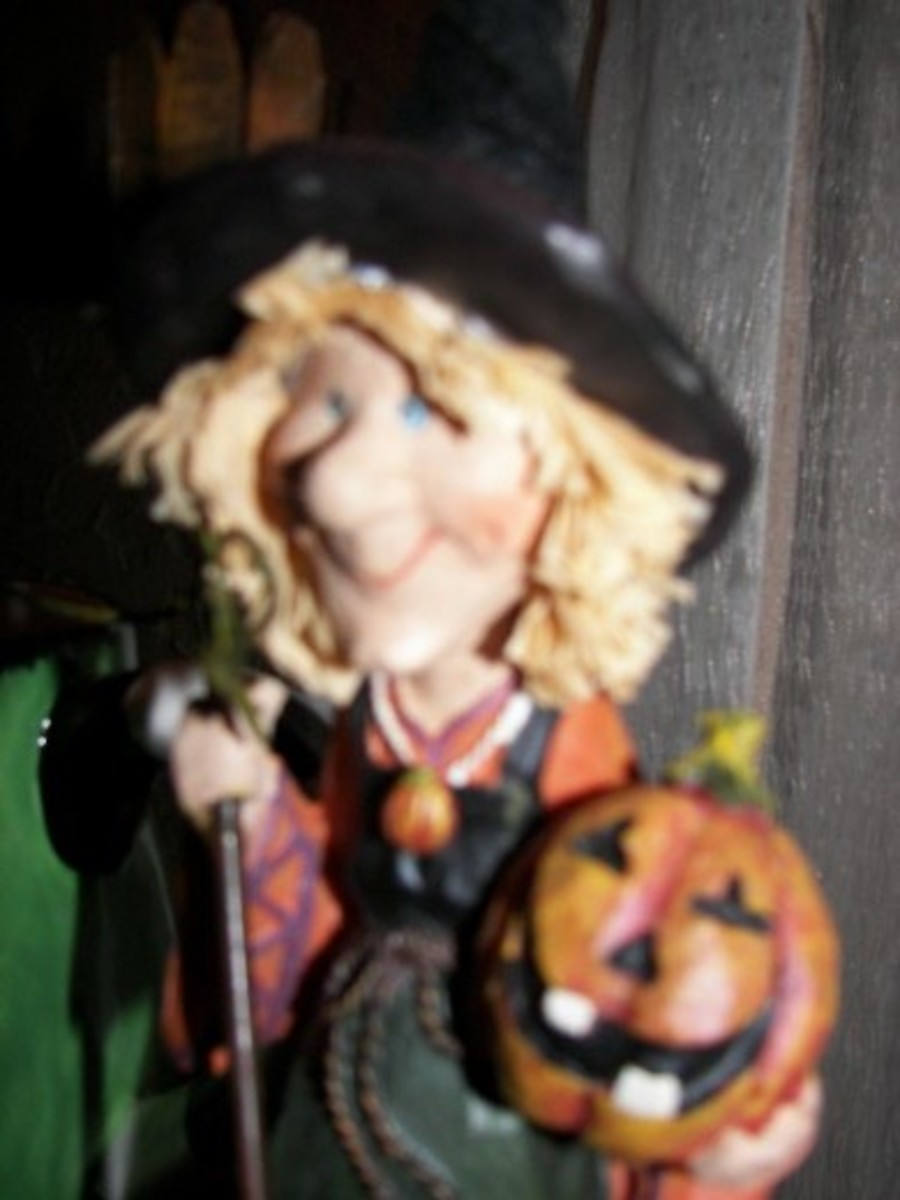 Halloween Decorating Ideas - Witch