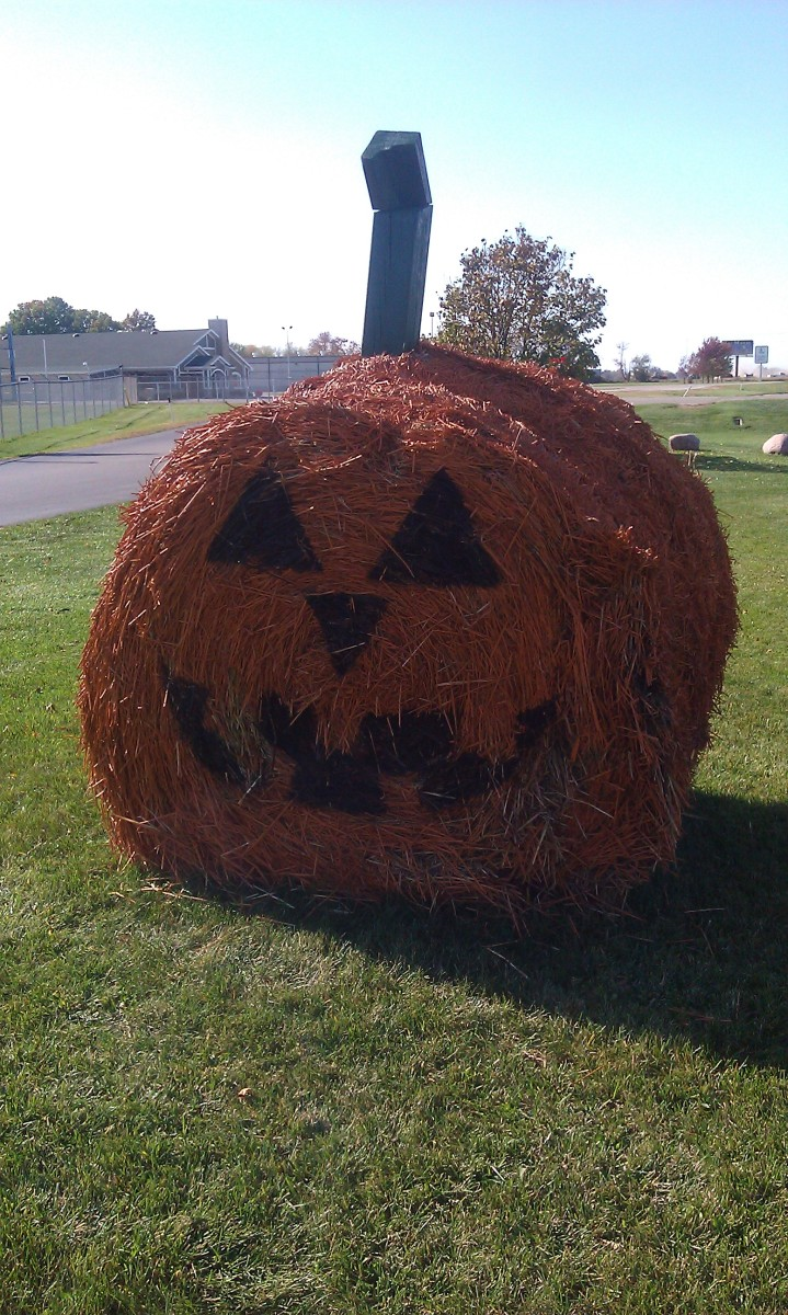Outdoor Halloween Pumpkin Decoration