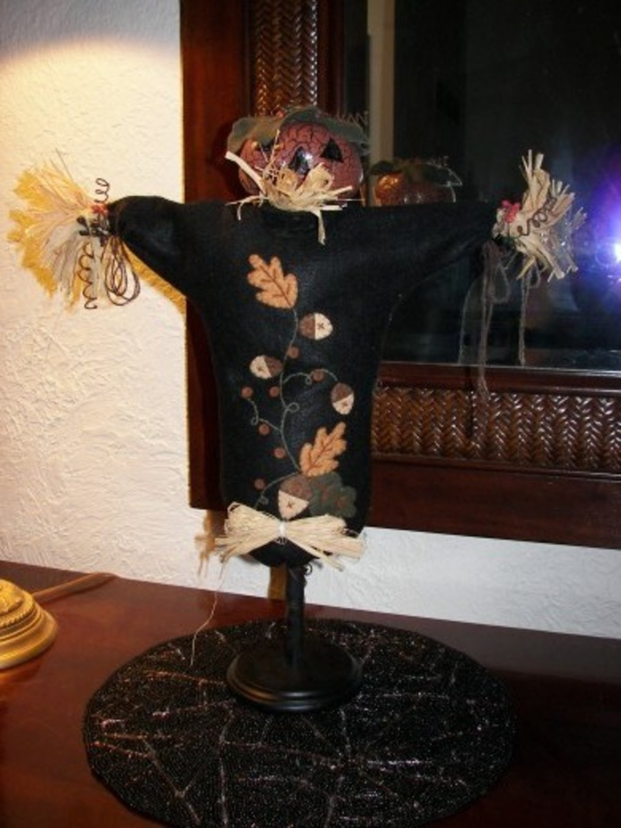 Halloween Scare Crow Decoration