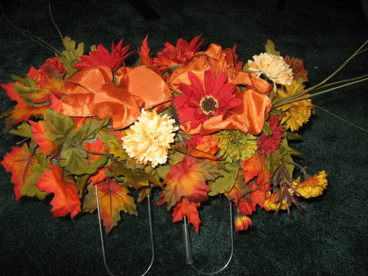 How To Make a Gravestone Flower Arrangement: The Saddle