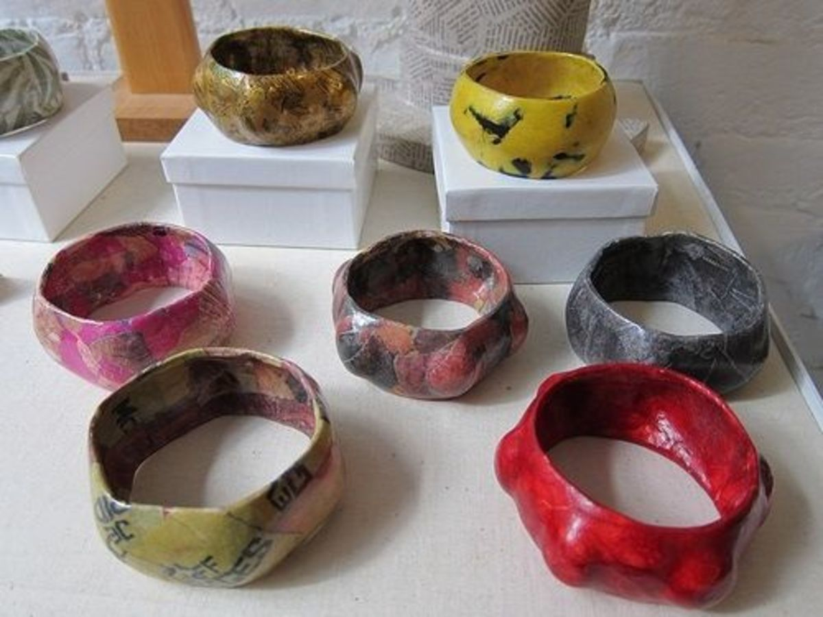 Paper mache crafts and folk art for How to make paper mache jewelry