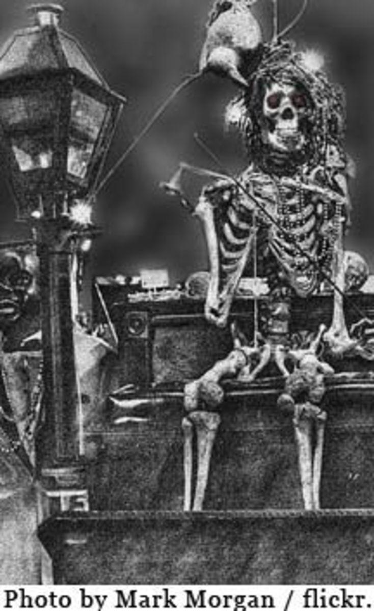 creepy-skeleton