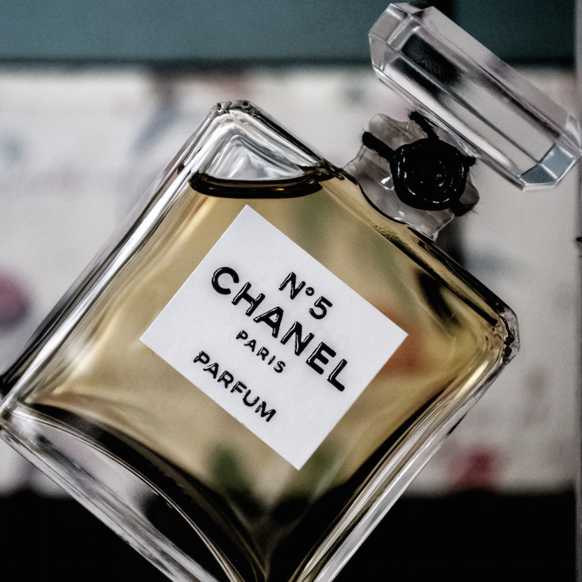 Why Is Chanel No5 The World's Favourite Perfume?