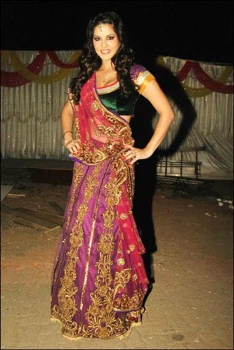sunny in saree pic