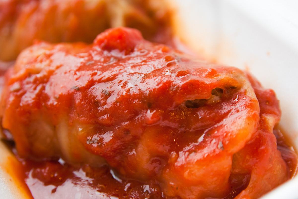 Hungarian Food - Stuffed Cabbage (Töltött Káposzta)
