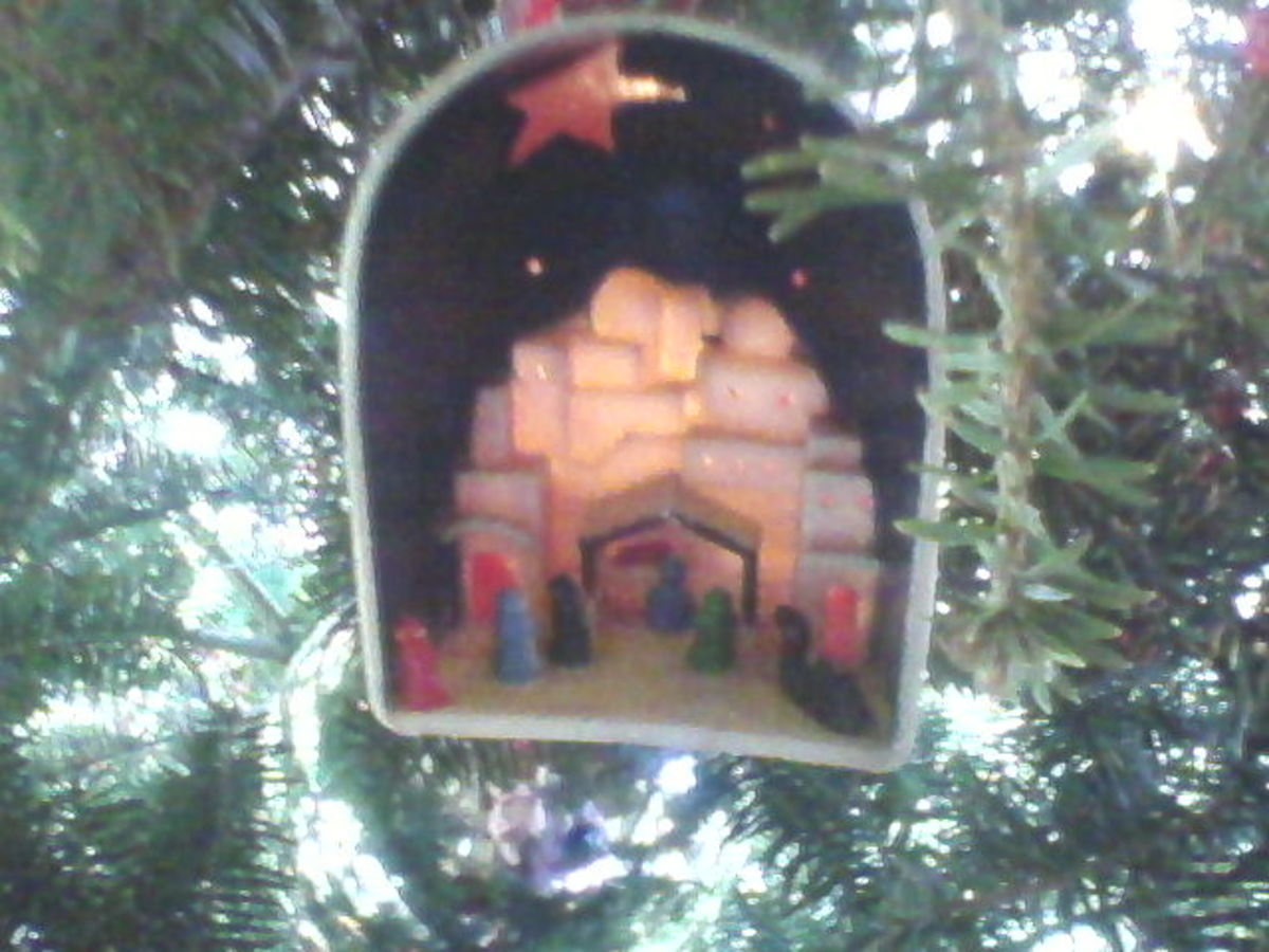 Vintage Nativity Ornament