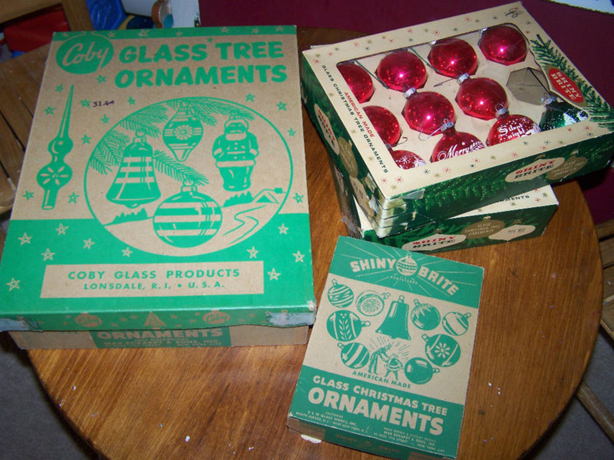 Shiny Brite Boxed Glass Ornaments circa 1950