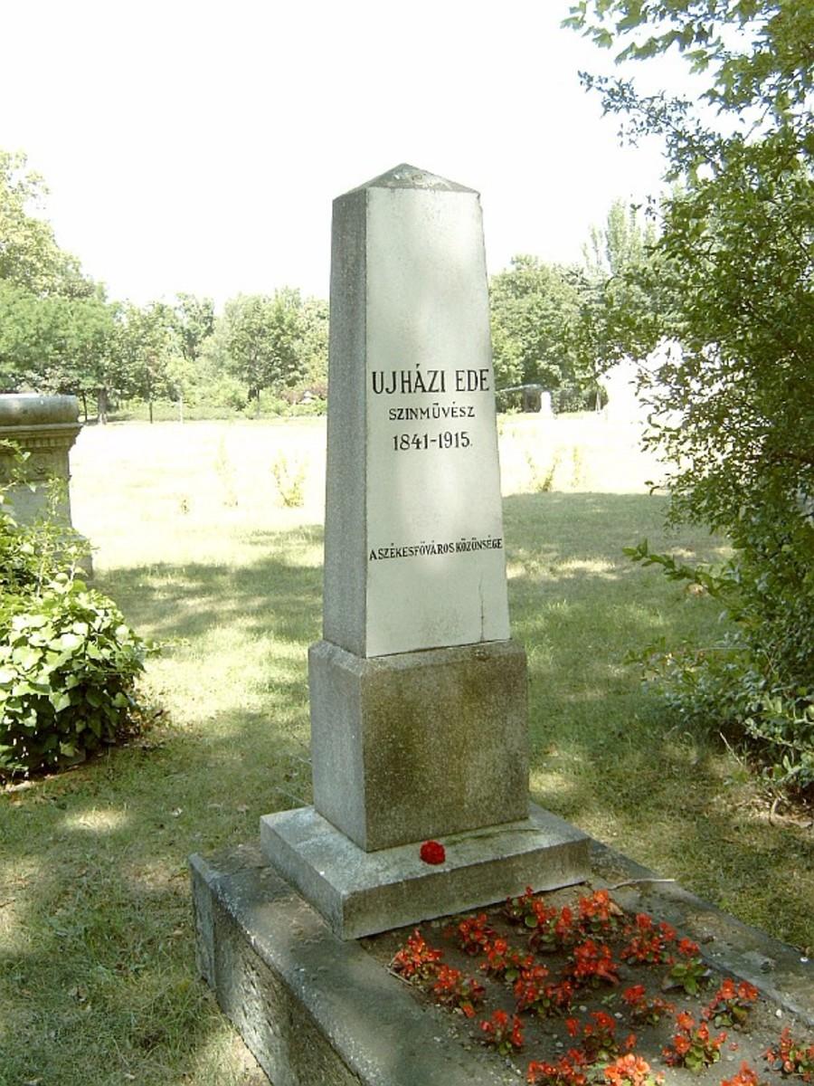 Ede Ujhazi Memorial