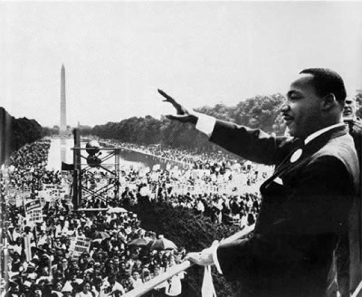 DR. MARTIN LUTHER KING JR. DELIVERS A SPEECH IN WASHINGTON DC