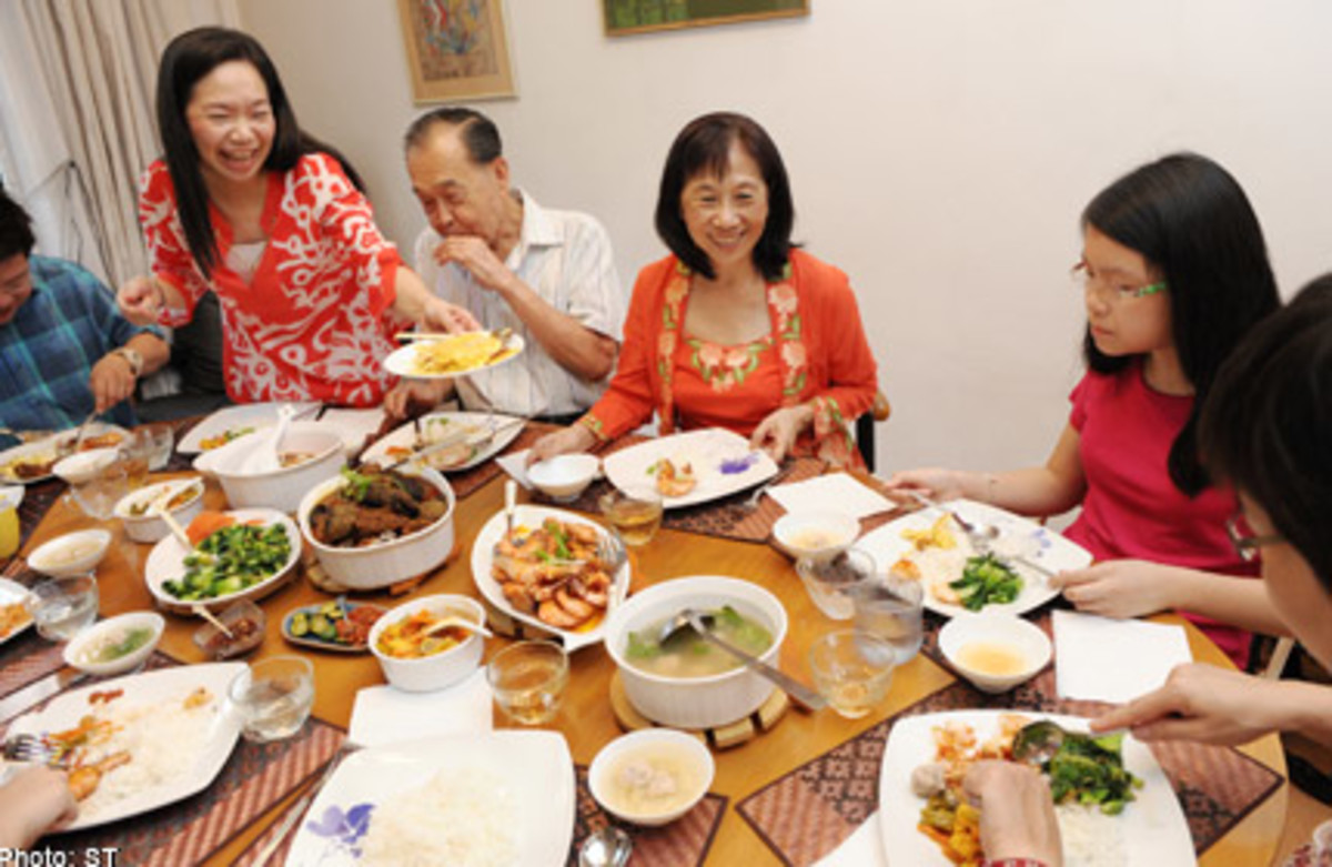 why-reunion-dinner-is-important-for-chinese