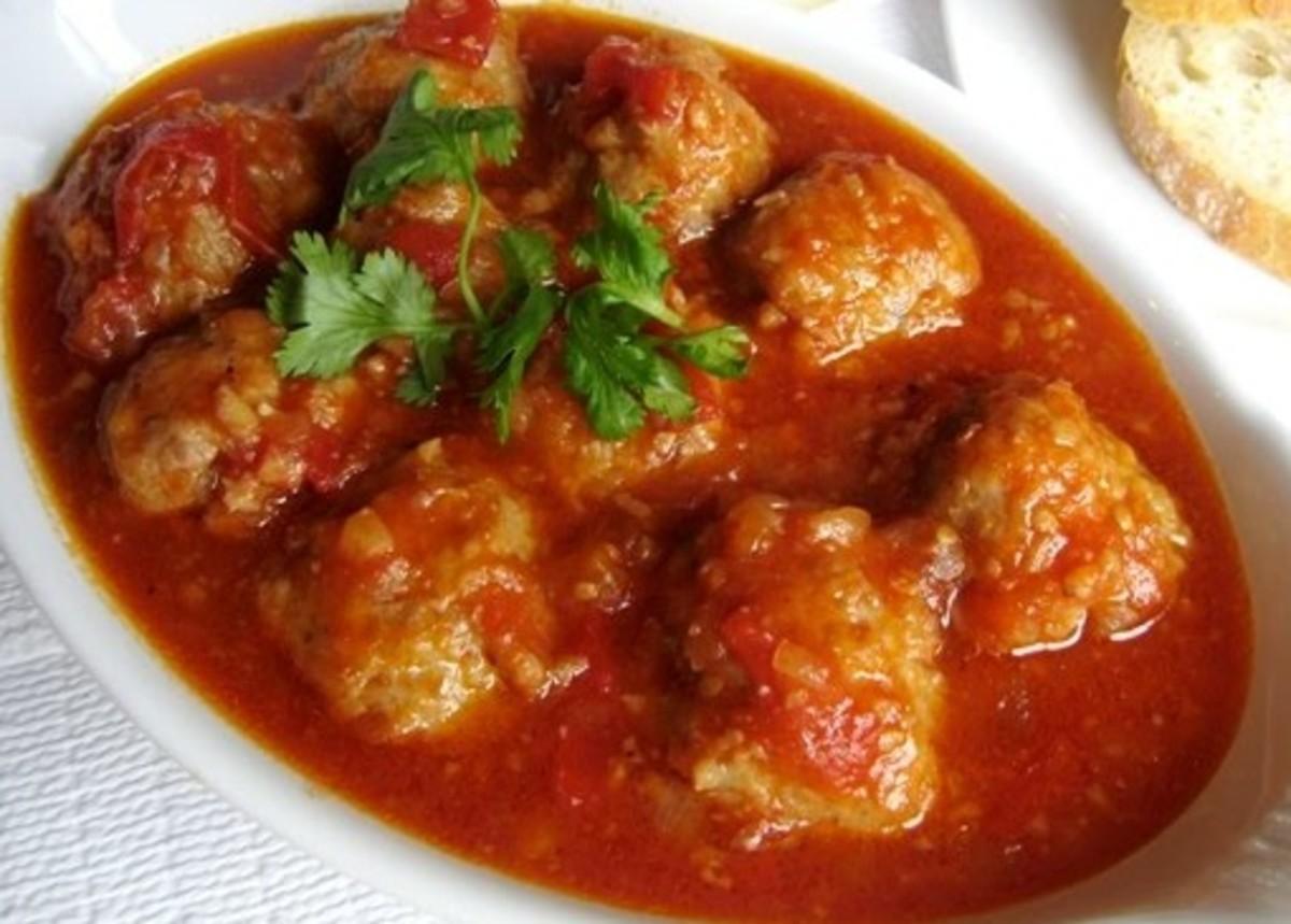 Xiu Mai in Tomato Sauce