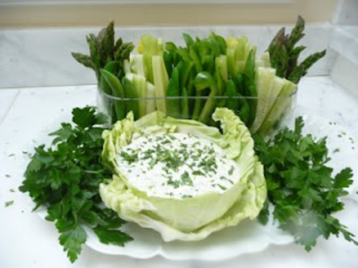 Green Dip with Green Vegetables