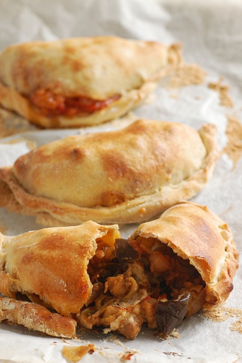 How to Make Empanada – Filipino Meat Pastry Turnover