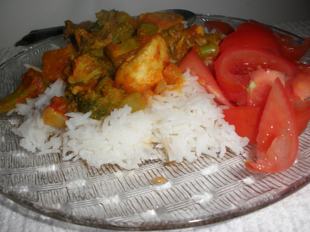 Enjoy your potluck curry with rice or roti.