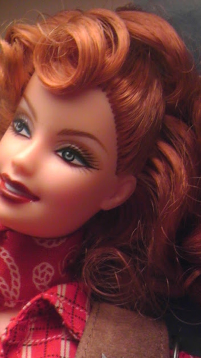 A high half-pony adds to this Barbie's appeal.