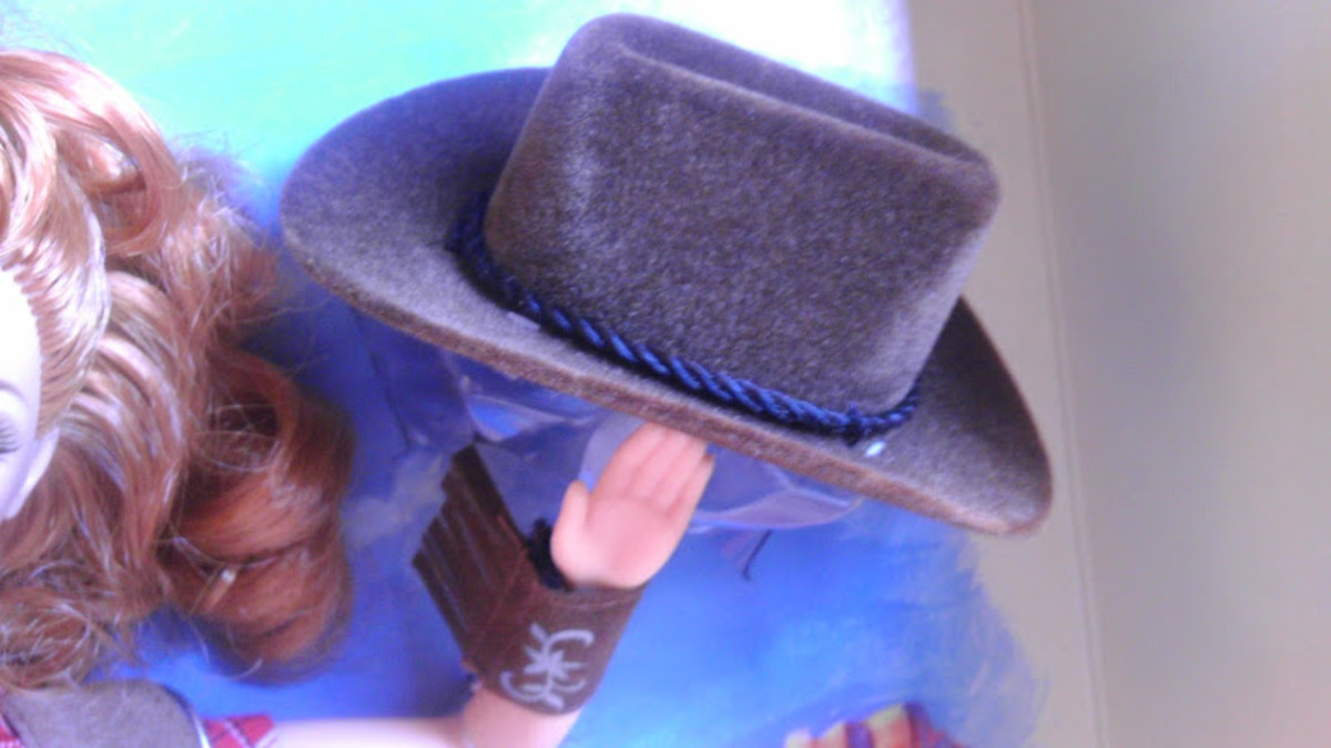 Way Out West Barbie's brown cowgirl hat