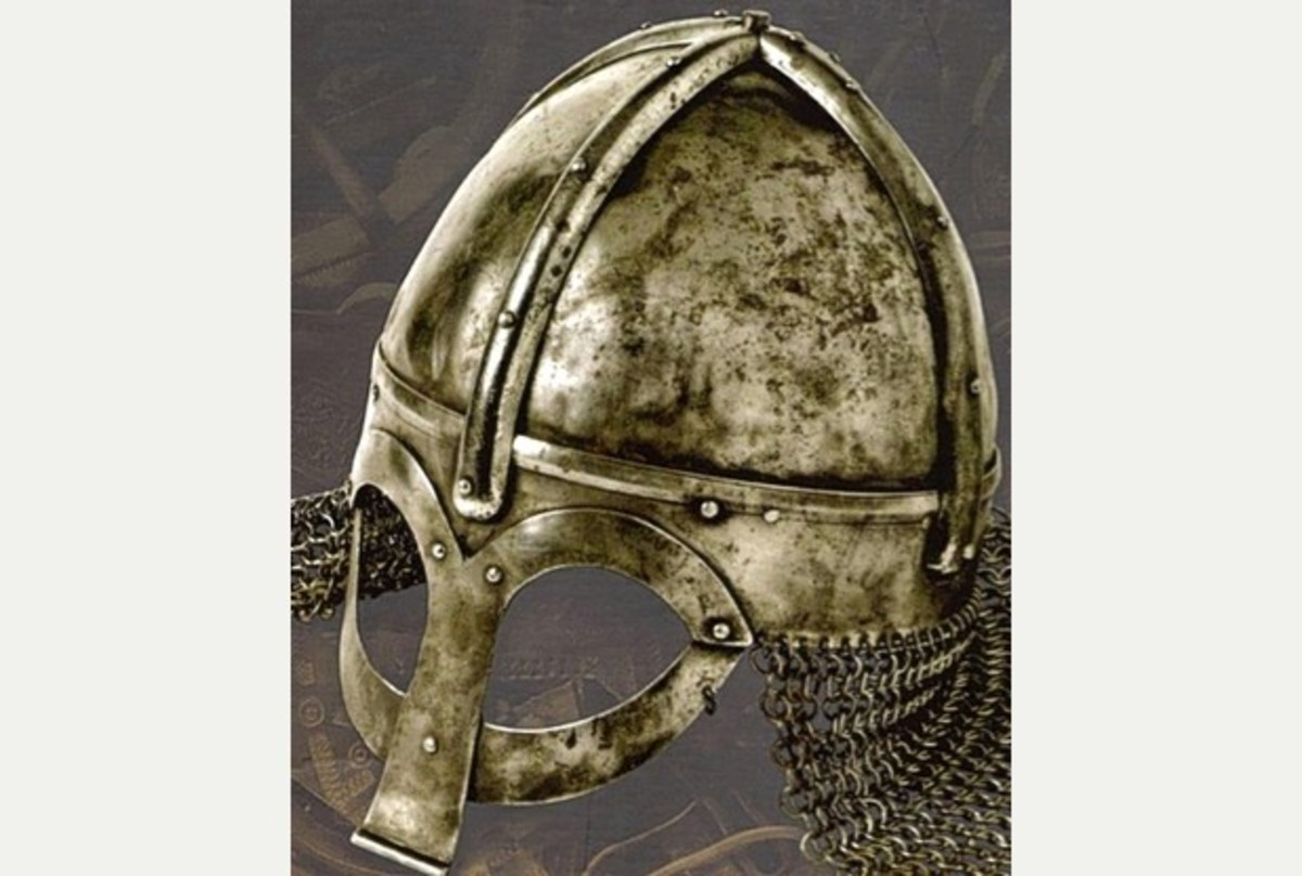 Viking chieftain's or jarl's helm with chain mail neckguard, a prize worthy of a great warrior if won from the original owner