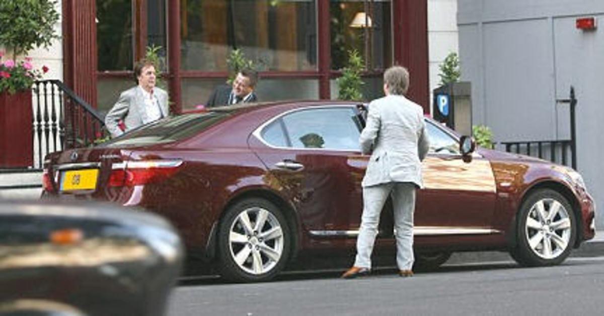 Paul's Lexus LS600H